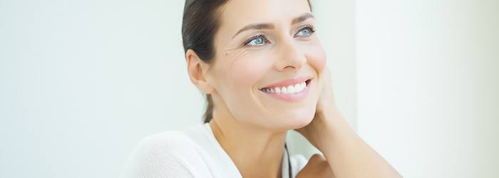 At-Home-Teeth-Whitening-Kits-Things-to-Be-Aware-Of